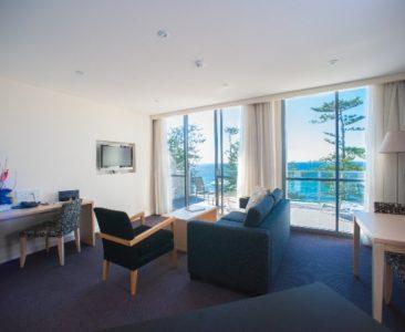 Deluxe Ocean View 1 Bedroom Apartment  – 1 Queen Bed