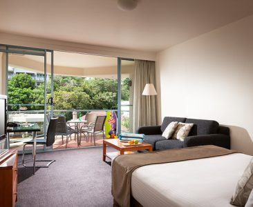 Standard Family Room – 1 Queen and 2 Single Beds