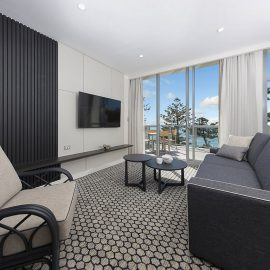 Deluxe Ocean View 1 Bedroom Apartment